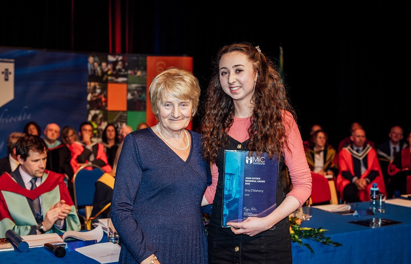 B Ed student, Úna O'Mahoney, received the John Hayden Memorial Award in honour of her volunteerism